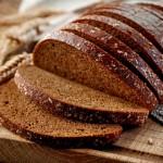 Pieczywo – dlaczego warto jeść i jakie wybierać?
